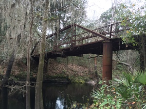 300x225 River and bridge, in Old Bridge over the Alapahoochee River, by Chris Mericle, for WWALS.net, 3 January 2015