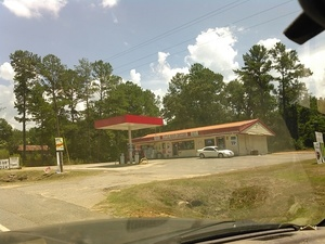 Little River Groceries, 8235 GA 122, Hahira, GA 31632, 30.9969597, -83.4403229
