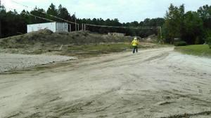 Movie: Go help pipeline truck on dirt Martin Ln., 30.7876230, -83.4457790