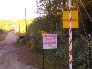 No Trespassing, Designated Construction Site, Oaktasasi Rd., 32.9948460, -85.9003210