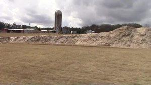 Movie: Topsoil sign (1.8M)