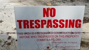 No Trespassing 30.4059161, -83.1527926