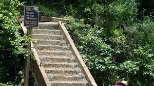 Hardee Spring sign and stairs, 30.5441667, -83.2500000