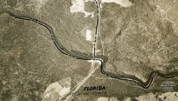[1943 aerial map with 1895 wooden bridge]