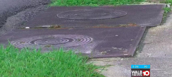 [Manhole]