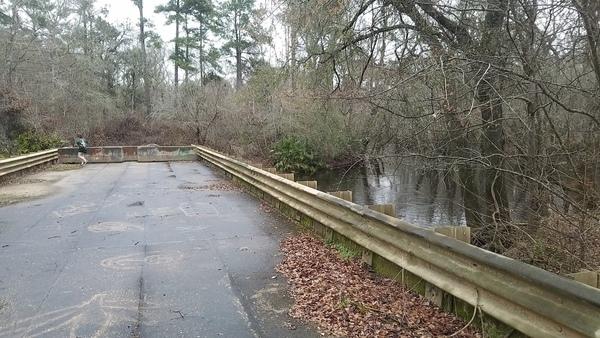 [Downstream from bridge, 13:38:58, 30.981386, -83.267655]