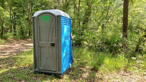 [The port-a-potty, 16:11:07, 30.8158482, -83.4248496]