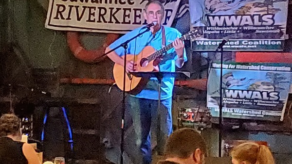 [Dick Grillo Singing 'Dear Ol' Suwannee' in Suwannee Riverkeeper Songwriting Contest 2019]