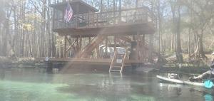 [Fancy dock, 13:26:19, 29.9497684, -82.7882960]