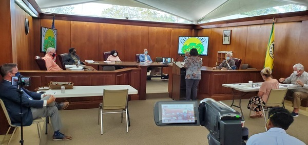[Against: Whole trees in air permit application --Sharon Locklear]