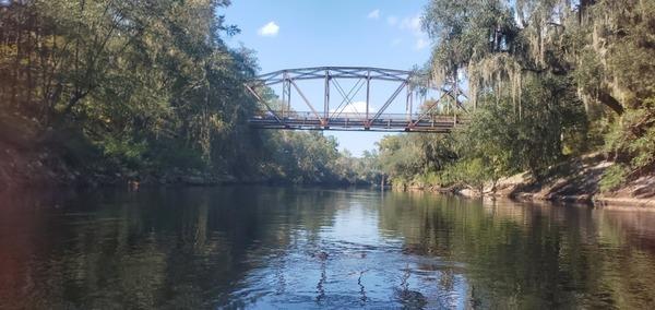 [Old bridge]