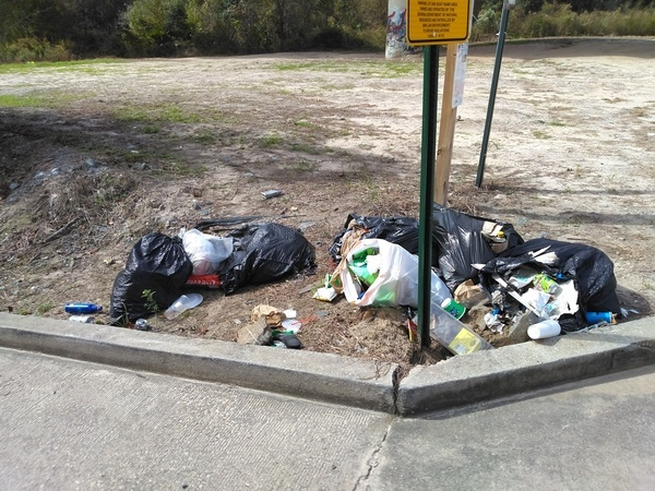 [Trash at State Line, Withlacoochee River]