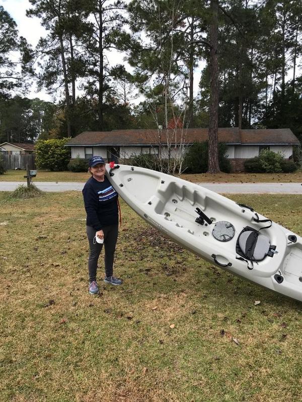 [Wenda Bailey with kayak]
