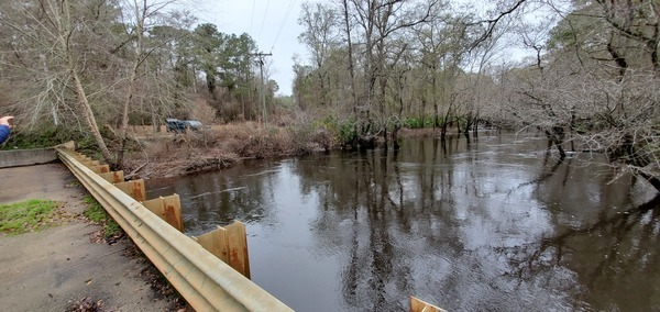 [Upstream, put-in on left (right bank), 11:58:22, 30.9814536, -83.2676684]