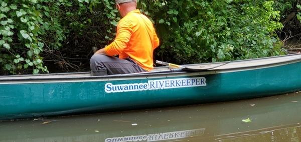 [Russell in Suwannee Riverkeeper canoe, 11:39:28, 30.8605760, -83.3177420]