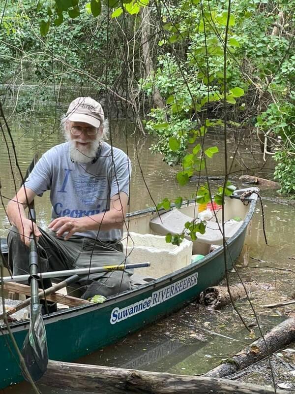 [Suwannee Riverkeeper patrolling by Bobby McKenzie]