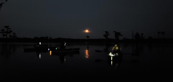 [Moon boats]
