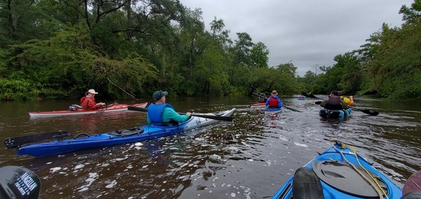 [Happy boaters, little drizzle, 11:02:44, 30.6594140, -83.3752342]
