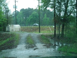 Access road back at US 41 30.8961964, -83.3201294