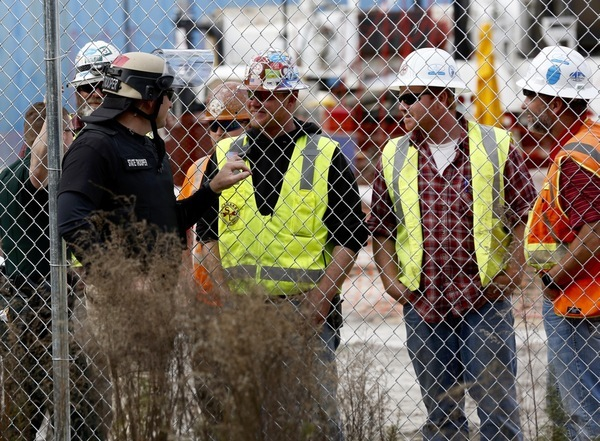 Florida state trooper siding with drillers and pipeliners from other states